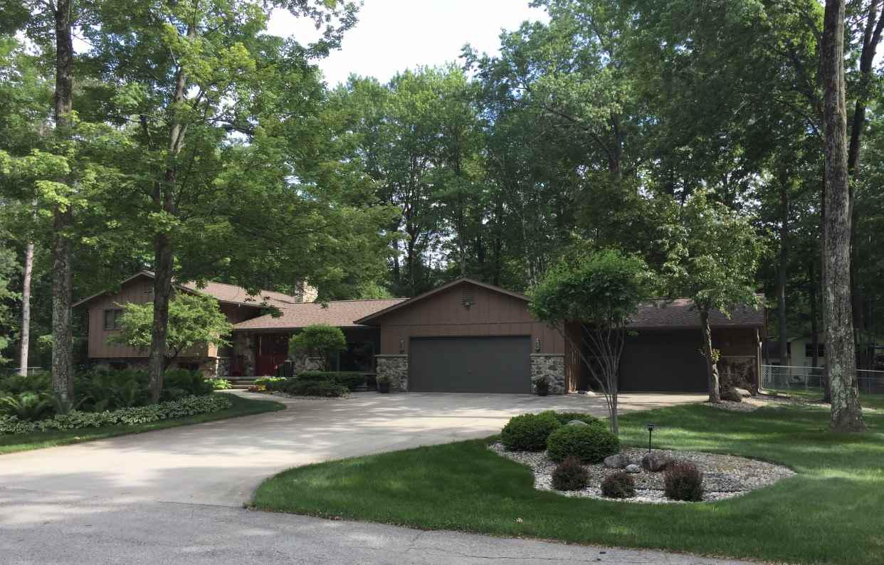 View Single-Family Home For Sale at 451 MARNIE LANE, Peshtigo, WI