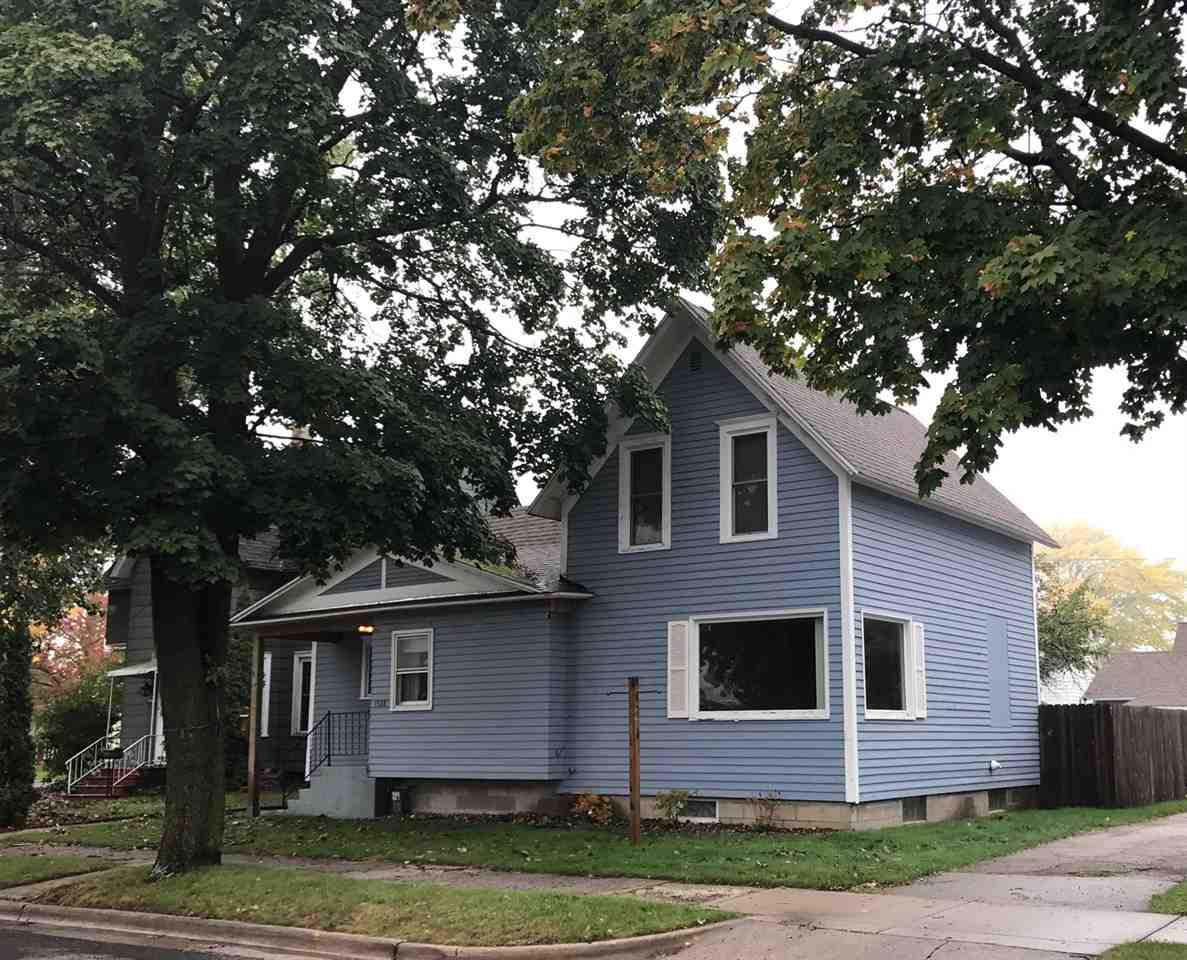 View Single-Family Home For Sale at 1528 GARFIELD AVENUE, Marinette, WI