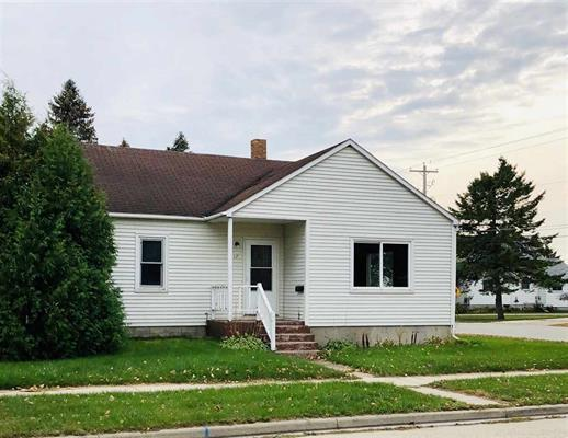 View Single-Family Home For Sale at 1717 23rd Avenue, Abbotsford, MI