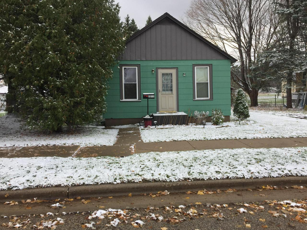 View Single-Family Home For Sale at 2211 Thomas St, Marinette, WI