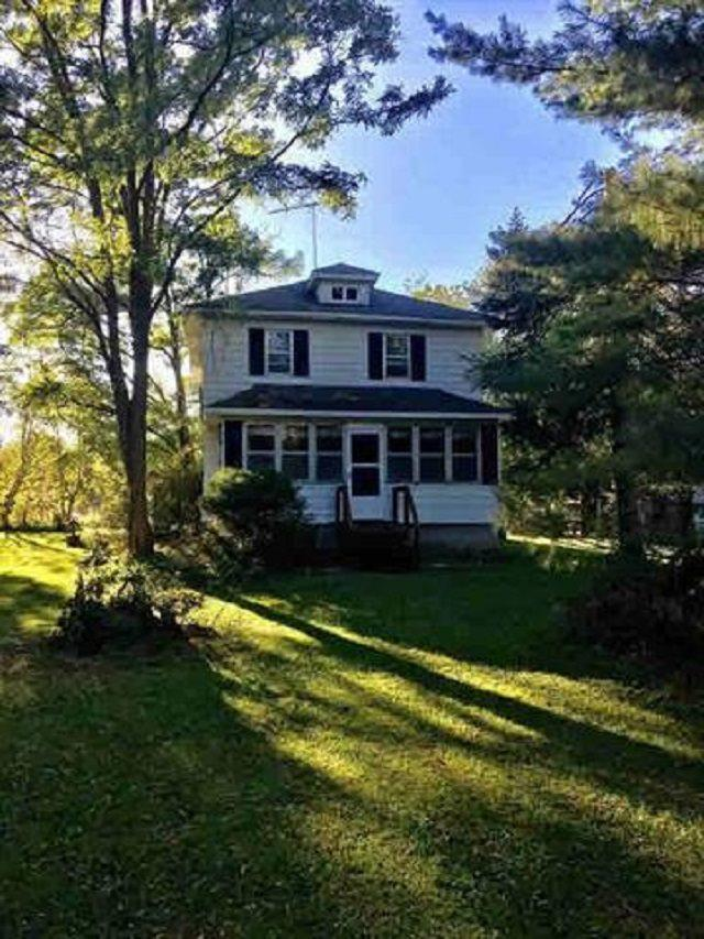 View Single-Family Home For Sale at N4319 SCHACHT ROAD, Marinette, WI