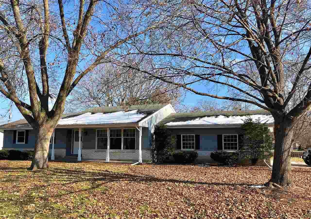 View Single-Family Home For Sale at 350 KEUNE STREET, Seymour, WI
