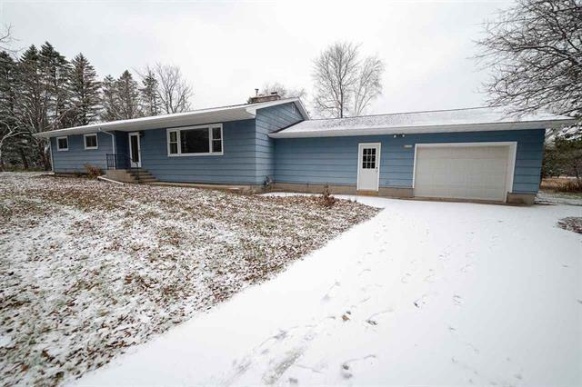 View Single-Family Home For Sale at w6366 W 38th Ave, Abbotsford, MI
