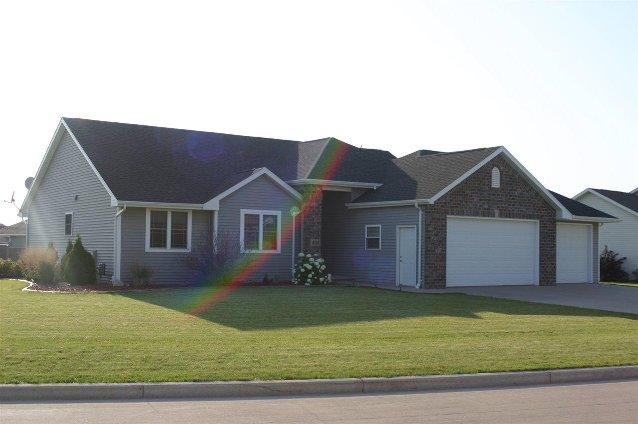 View Single-Family Home For Sale at 409 ALBERT WAY, Appleton, WI