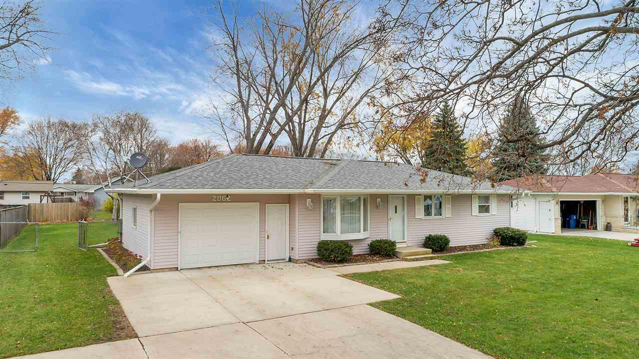 View Single-Family Home For Sale at 2062 S RIDGE ROAD, Green Bay, WI