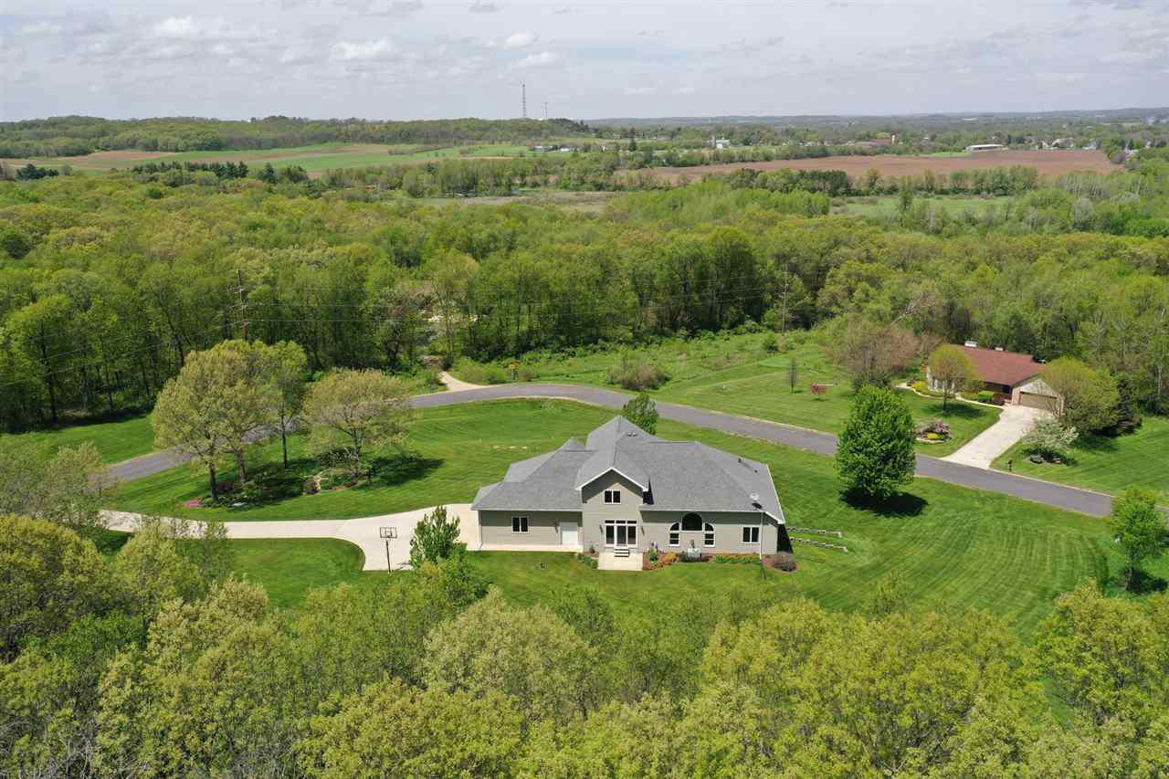 View Single-Family Home For Sale at N9290 Wild Oak Rd, Belleville, WI
