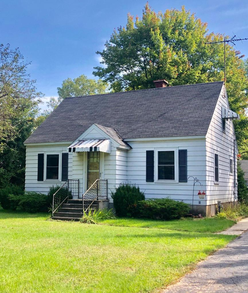 View Single-Family Home For Sale at N1194 US HWY 41, MENOMINEE, MI