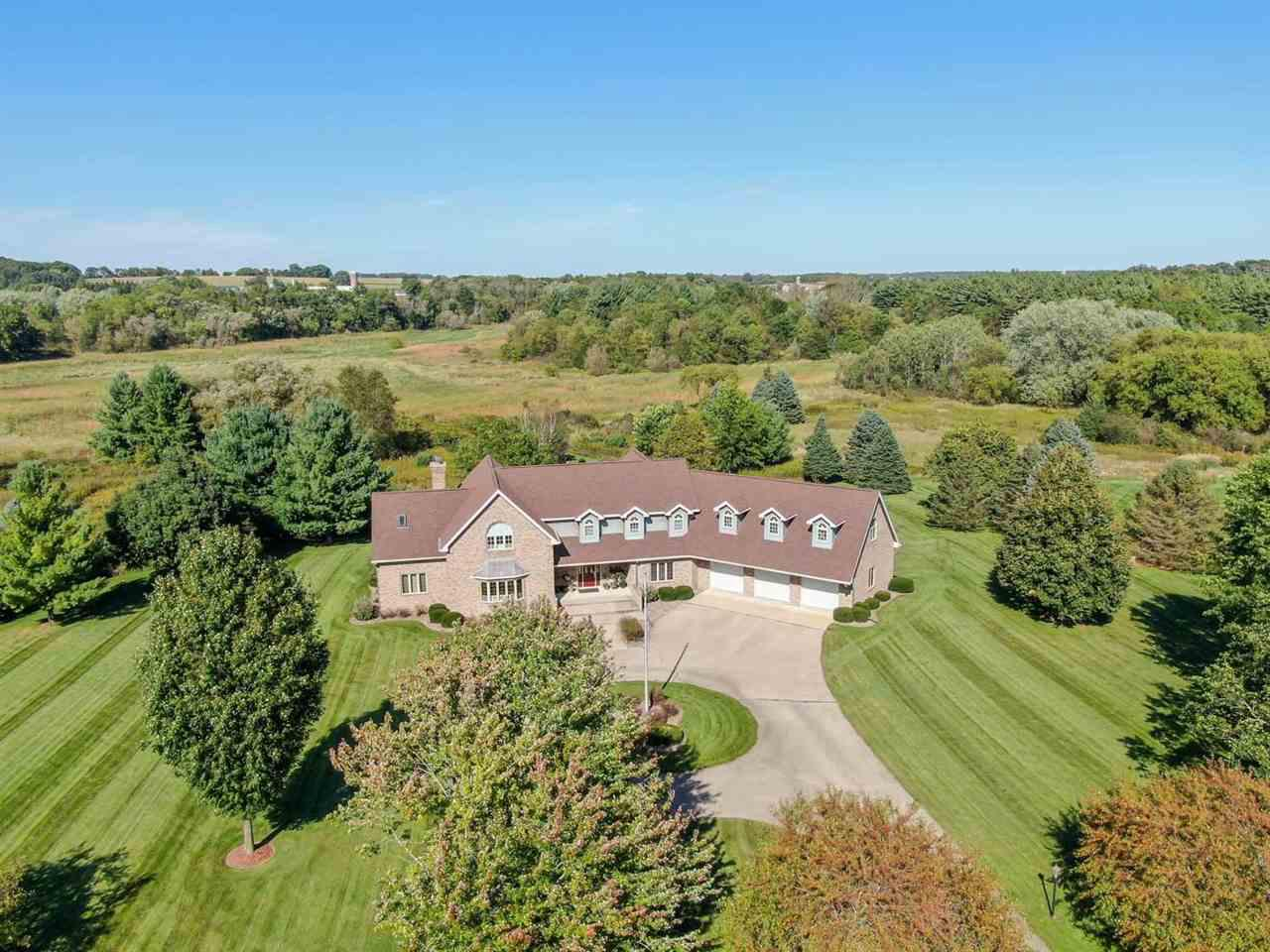 View Single-Family Home For Sale at 6390 Brandywood Tr, Sun Prairie, WI