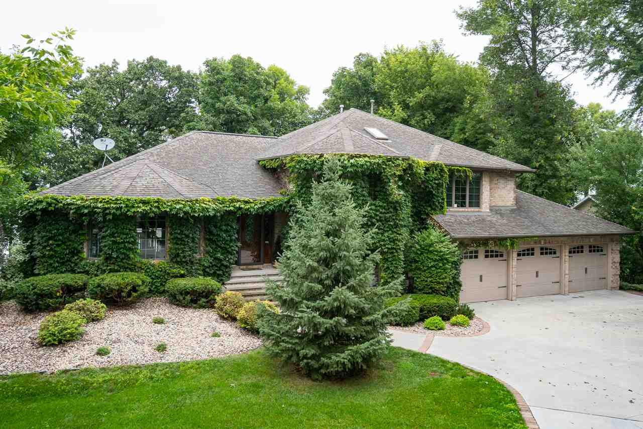 View Single-Family Home For Sale at 4524 BELLHAVEN LANE, Oshkosh, WI