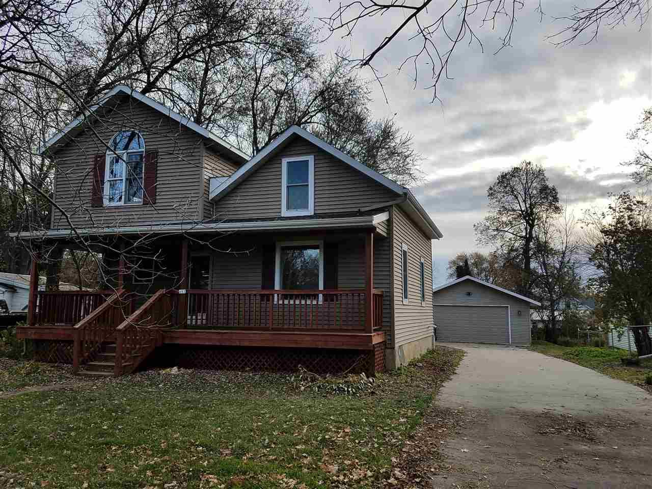 View Single-Family Home For Sale at 603 N WALNUT AVENUE, Marshfield, WI