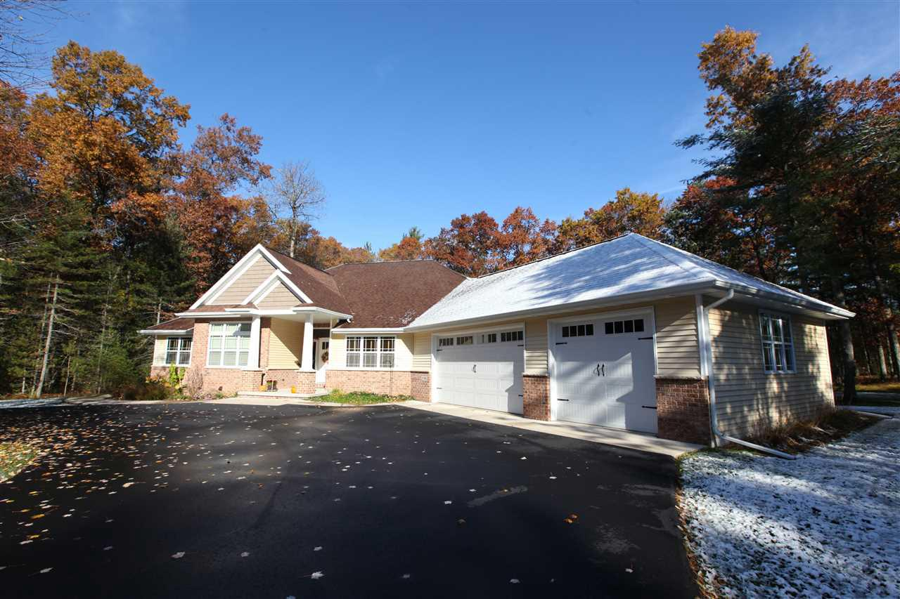 View Single-Family Home For Sale at W1188 COUNTRYSIDE LANE, Marinette, WI