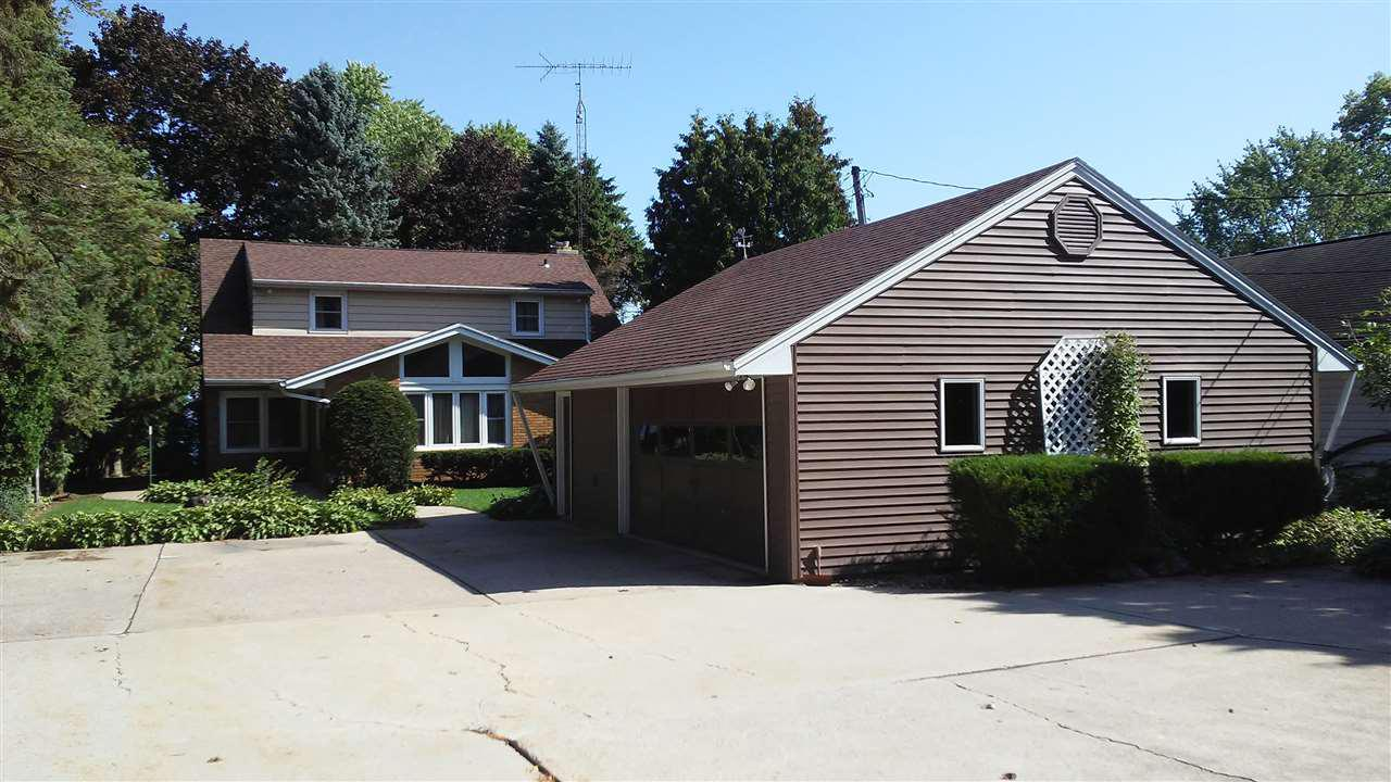 View Single-Family Home For Sale at 4990 S HWY 45, Oshkosh, WI