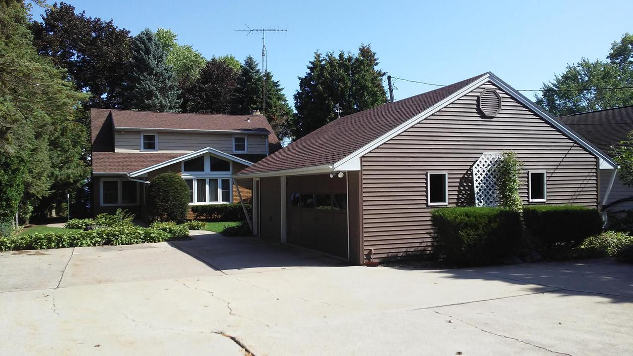 View Single-Family Home For Sale at 4990 S State Road 45, Oshkosh, WI