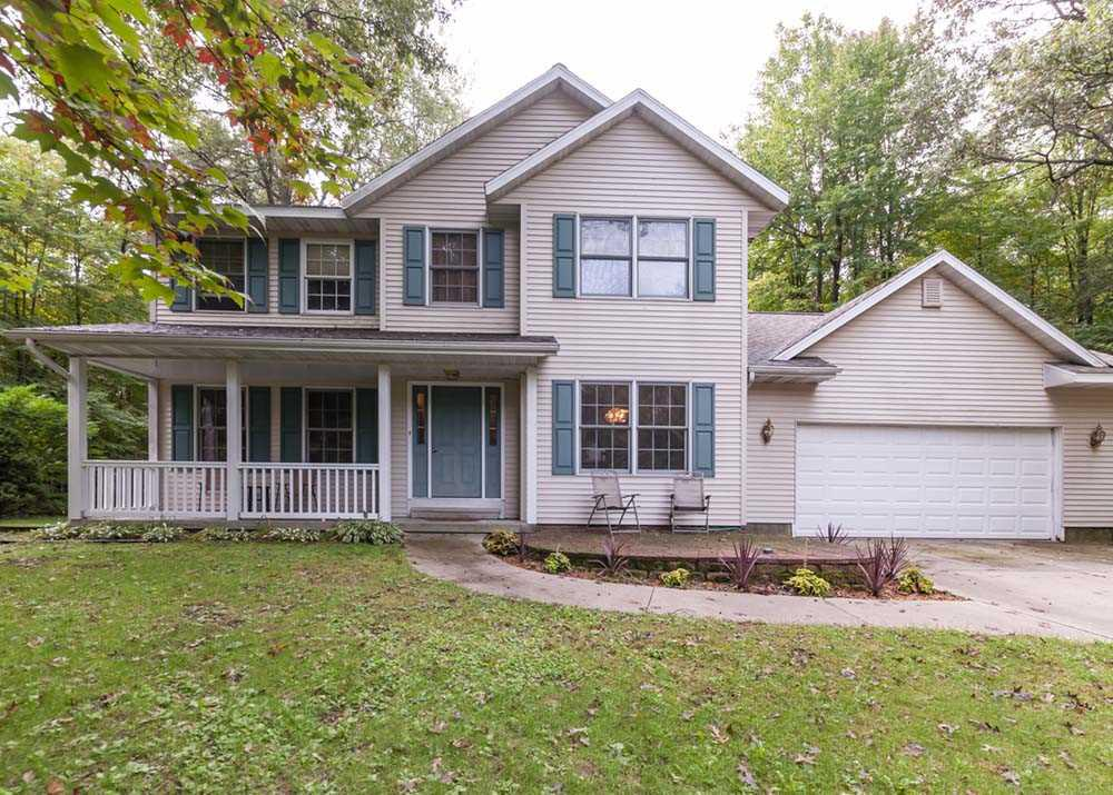 View Single-Family Home For Sale at N1859 WOODRIDGE DRIVE, Marinette, WI