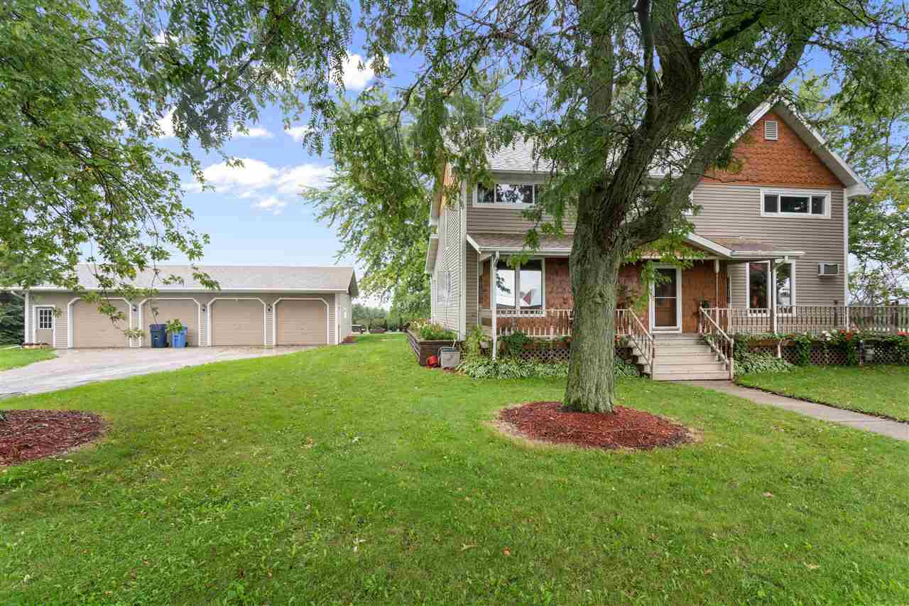 View Single-Family Home For Sale at 4549 GRIMSON ROAD, Oshkosh, WI