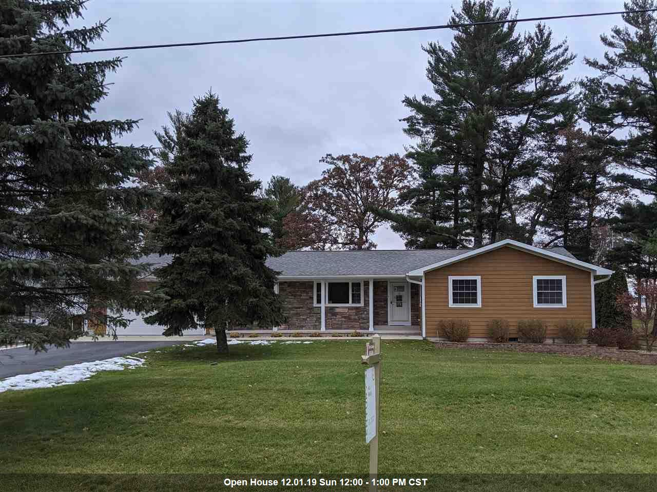 View Single-Family Home For Sale at E5924 SOUTH SHORE DRIVE, Weyauwega, WI