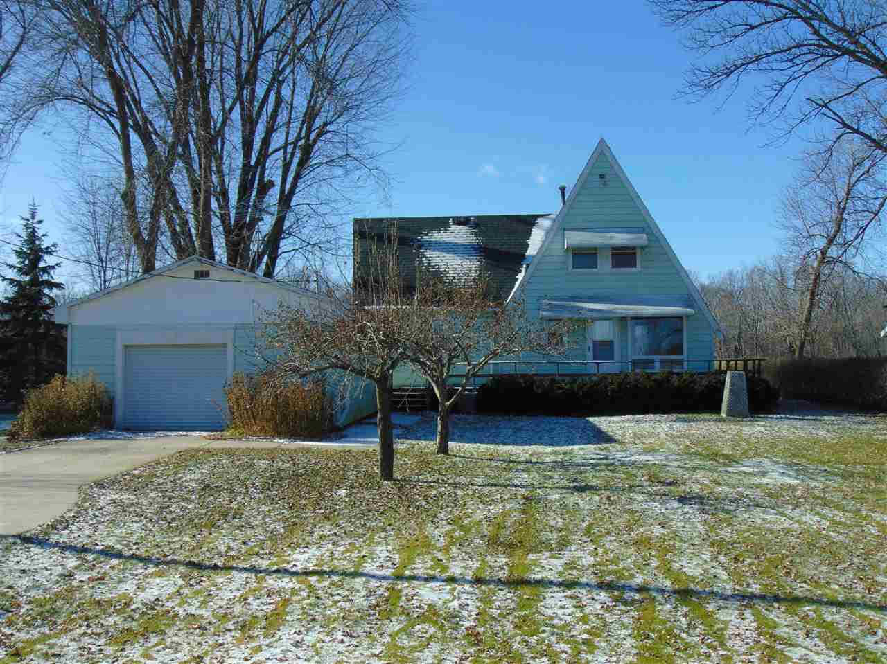 View Single-Family Home For Sale at 9195 RIVERVIEW LANE, Fremont, WI