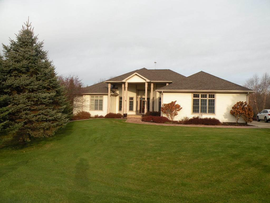 View Single-Family Home For Sale at W13863 Southwoods Ct, Ripon, WI