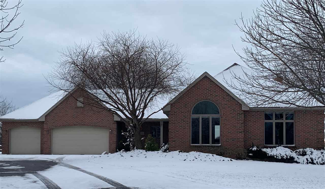 View Single-Family Home For Sale at 3381 KNOX LANE, Neenah, WI
