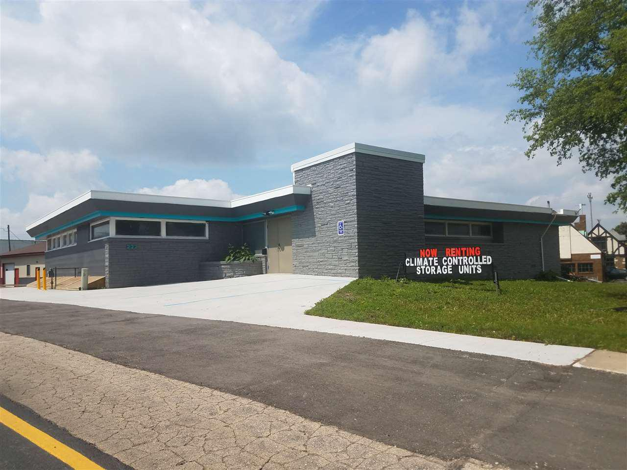 View Commercial For Sale at 222 WASHINGTON STREET, Menasha, WI