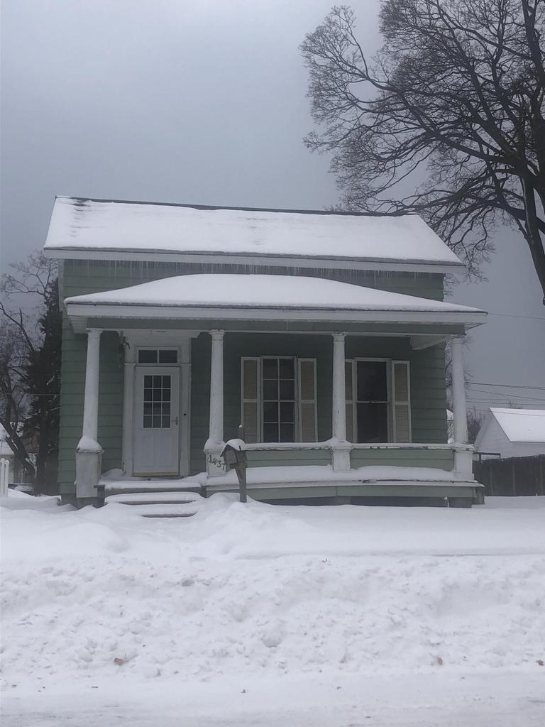 View Single-Family Home For Sale at 1437 Sherman Street, Marinette, WI