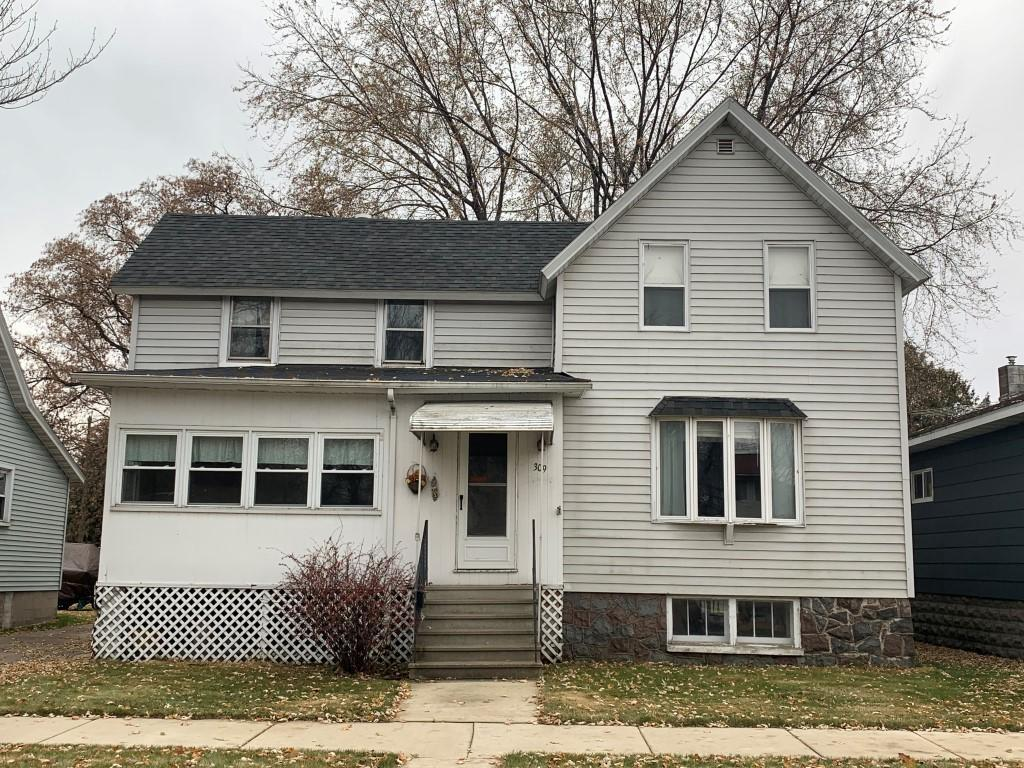View Single-Family Home For Sale at 309 Water St, Marinette, WI