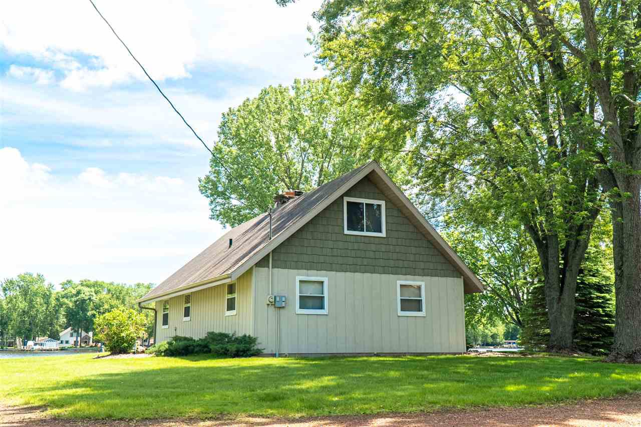 View Single-Family Home For Sale at 8966 MARION LANE, Fremont, WI