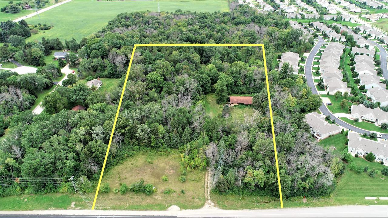 View Vacant Land For Sale at 985 Port Washington Rd, Grafton, WI