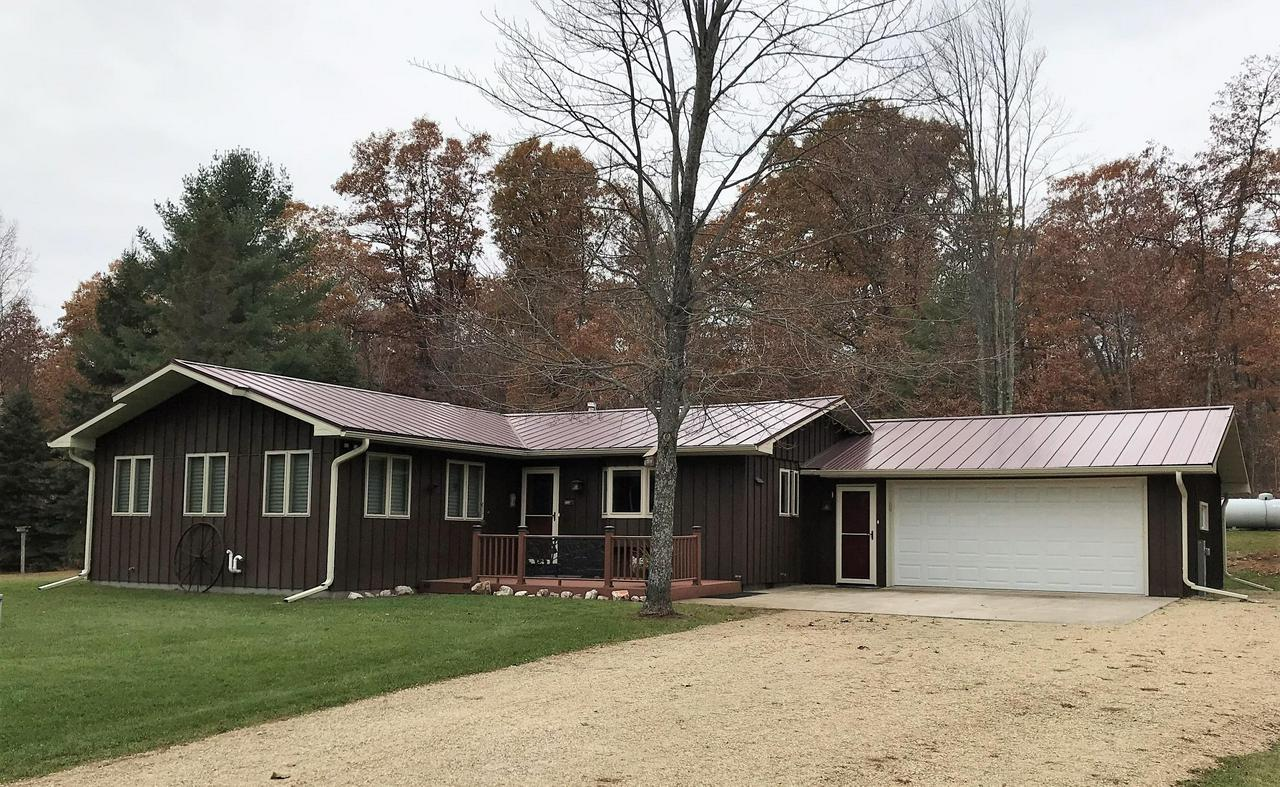 View Single-Family Home For Sale at N15051 Northwoods Ln, Athelstane, WI