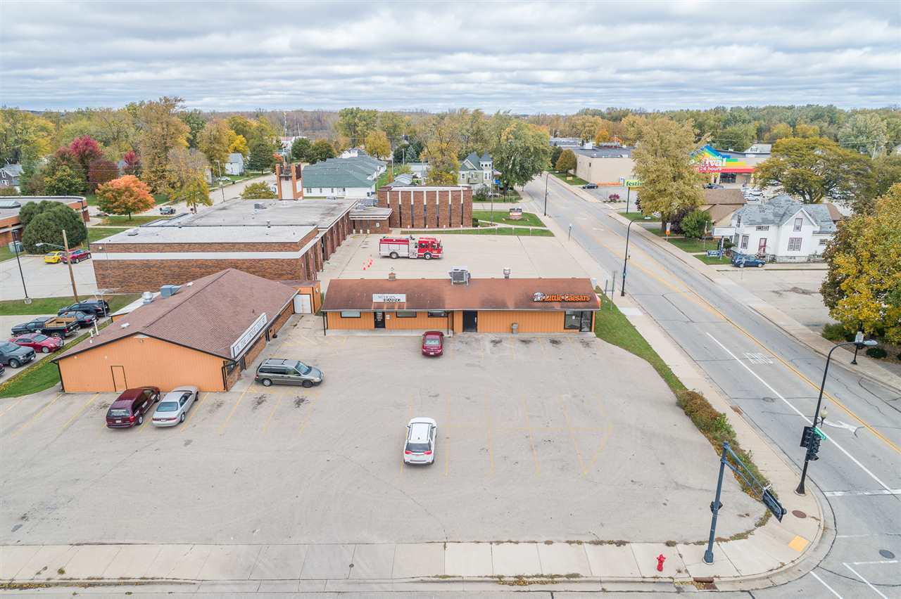 View Commercial For Sale at 203 N SHAWANO ROAD, New London, WI
