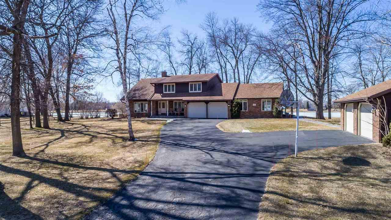 View Single-Family Home For Sale at 2726 SUMMERSET CIRCLE, Suamico, WI