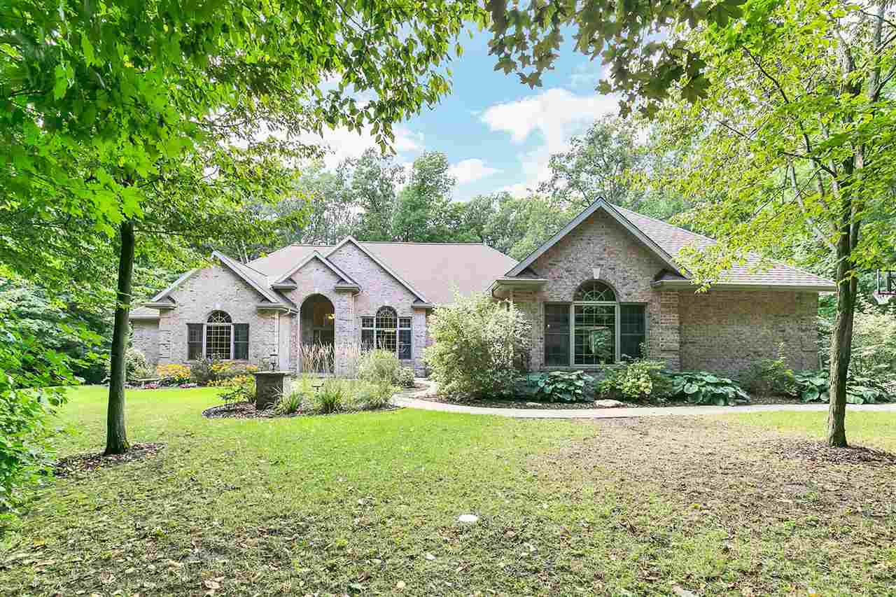 View Single-Family Home For Sale at 6186 BAYWOOD CIRCLE, Luxemburg, WI