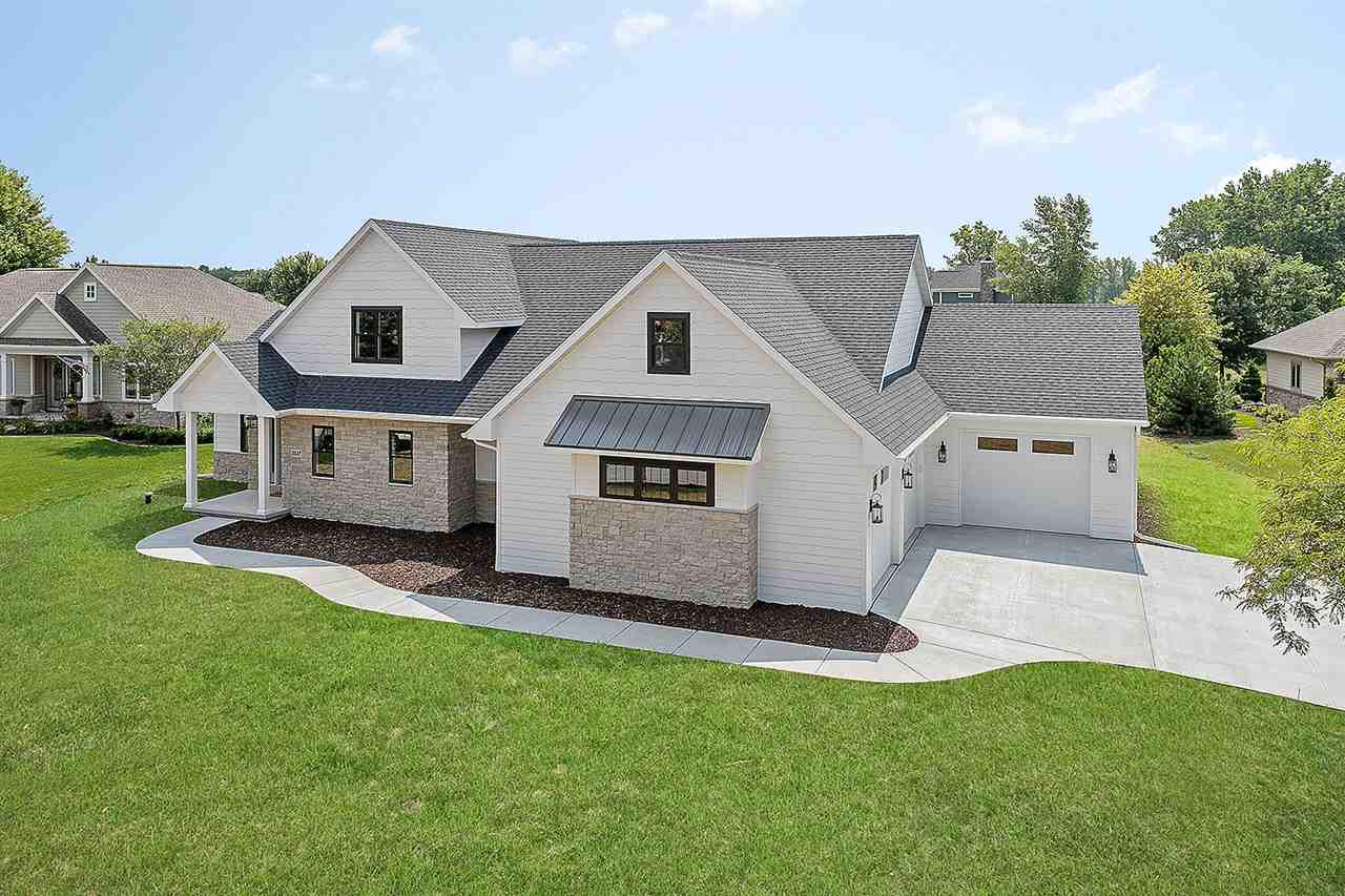 View Single-Family Home For Sale at 2537 S HUNTINGTON WAY, Suamico, WI