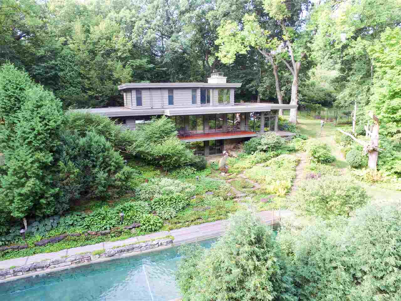 View Single-Family Home For Sale at 3383 S NEW PLANK ROAD, De Pere, WI