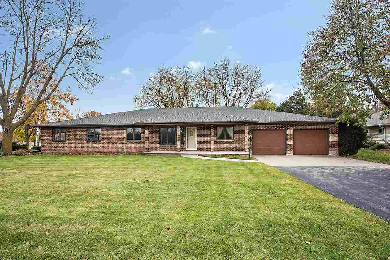 View Single-Family Home For Sale at 2330 MEADOW PARK DRIVE, Green Bay, WI