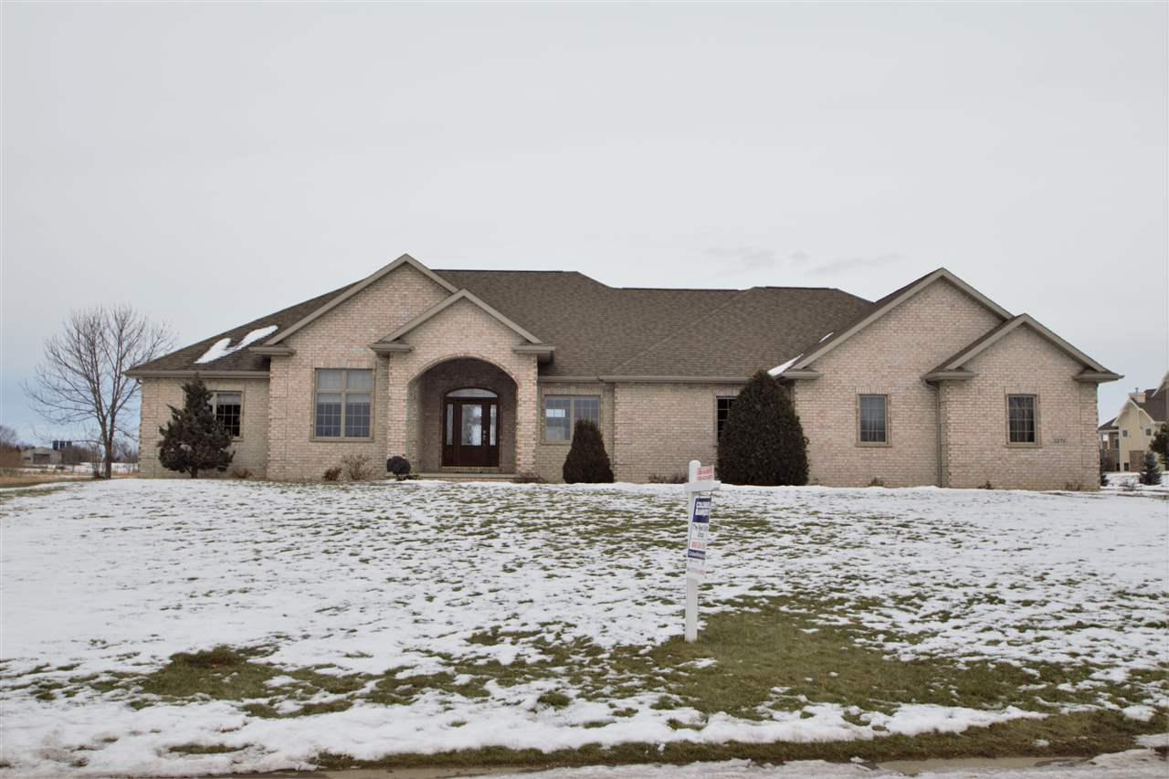 View Single-Family Home For Sale at 5276 W CENTURY FARM BOULEVARD, Appleton, WI