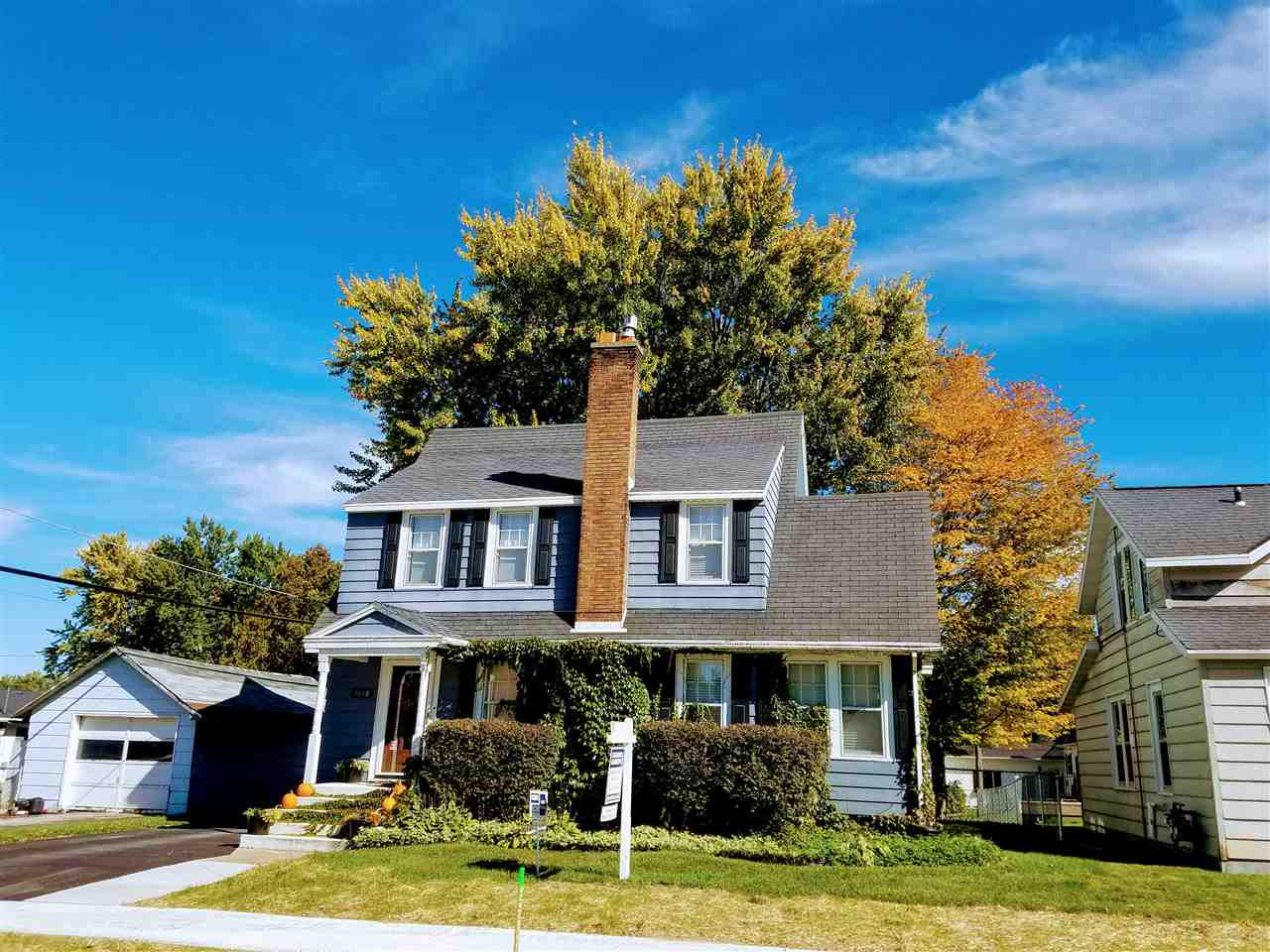 View Single-Family Home For Sale at 1008 DIVISION STREET, New London, WI