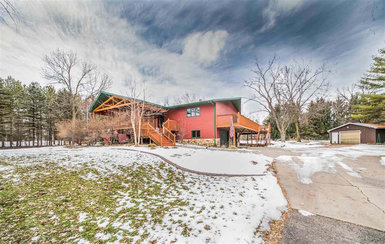 View Single-Family Home For Sale at W5737 QUARRY ROAD, Appleton, WI