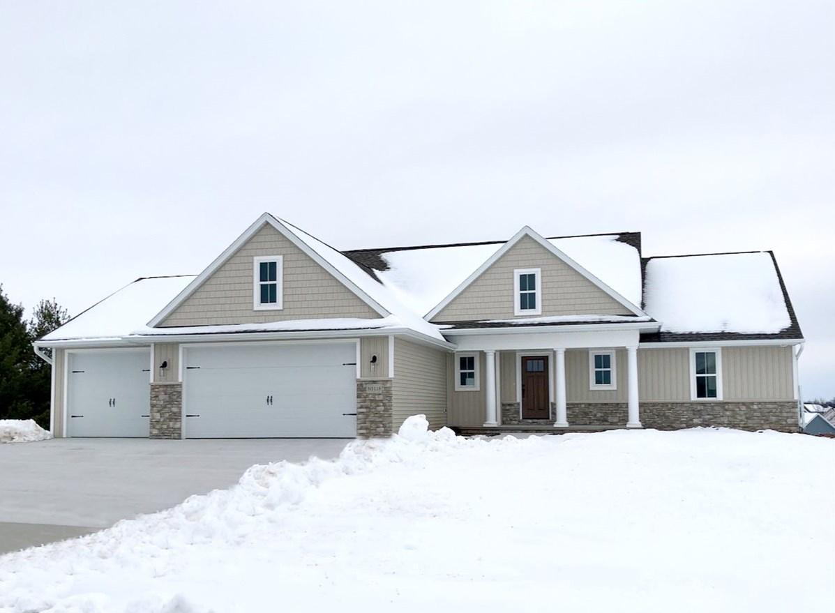 View Single-Family Home For Sale at N1118 GLENNVIEW DRIVE, Greenville, WI