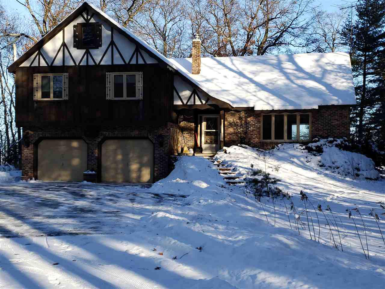 View Single-Family Home For Sale at N846 POND ROAD, Marinette, WI