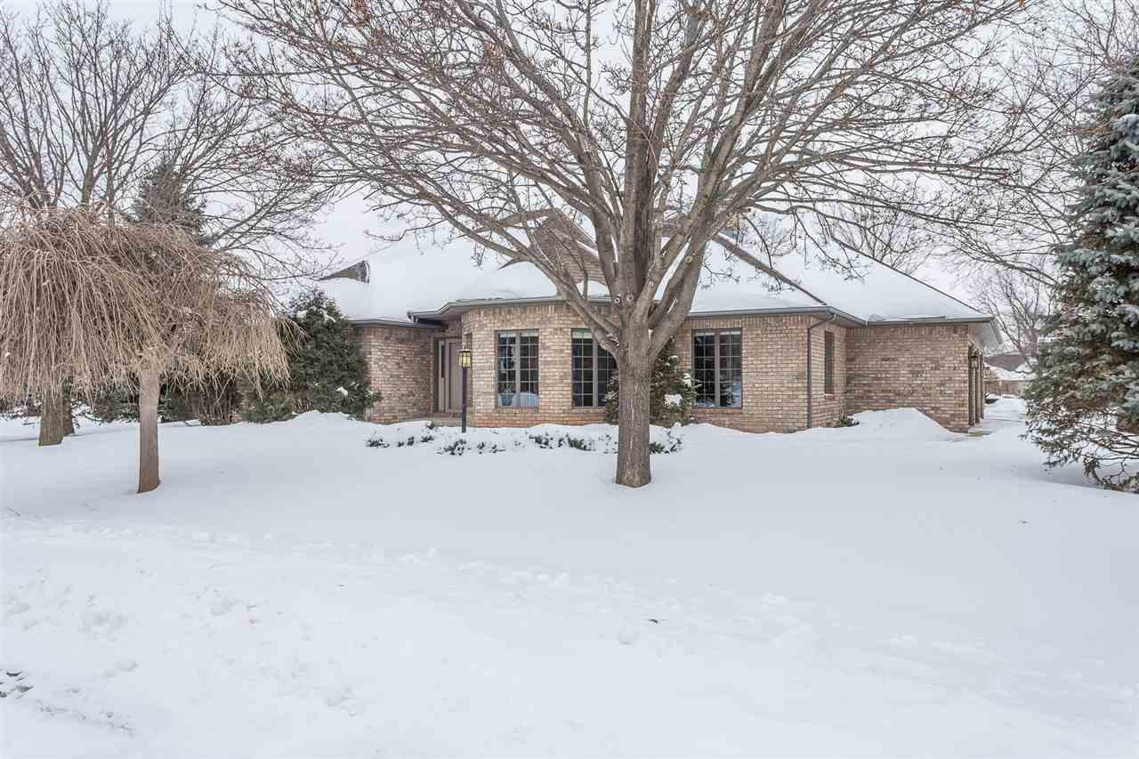View Single-Family Home For Sale at N401 TAMARACK DRIVE, Appleton, WI