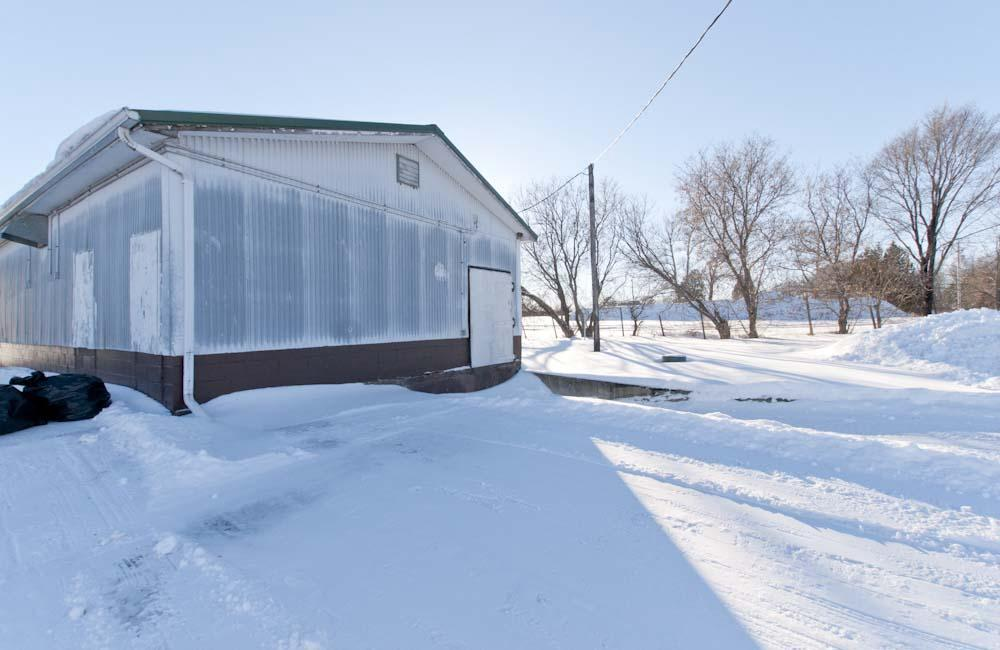 View Commercial For Sale at W5725 Birch Creek Rd, Abbotsford, MI