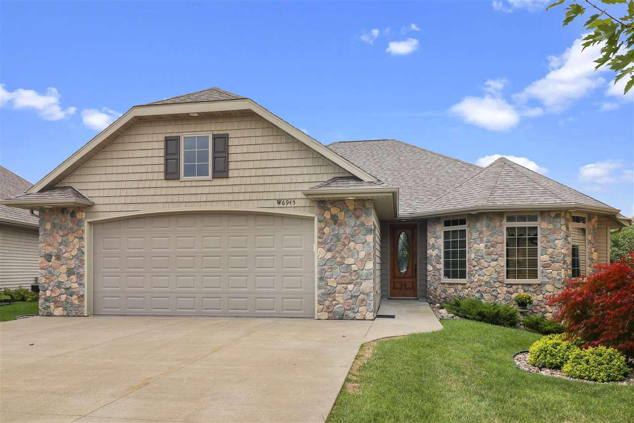 View Condo For Sale at W6945 RIVENDALE COURT, Greenville, WI