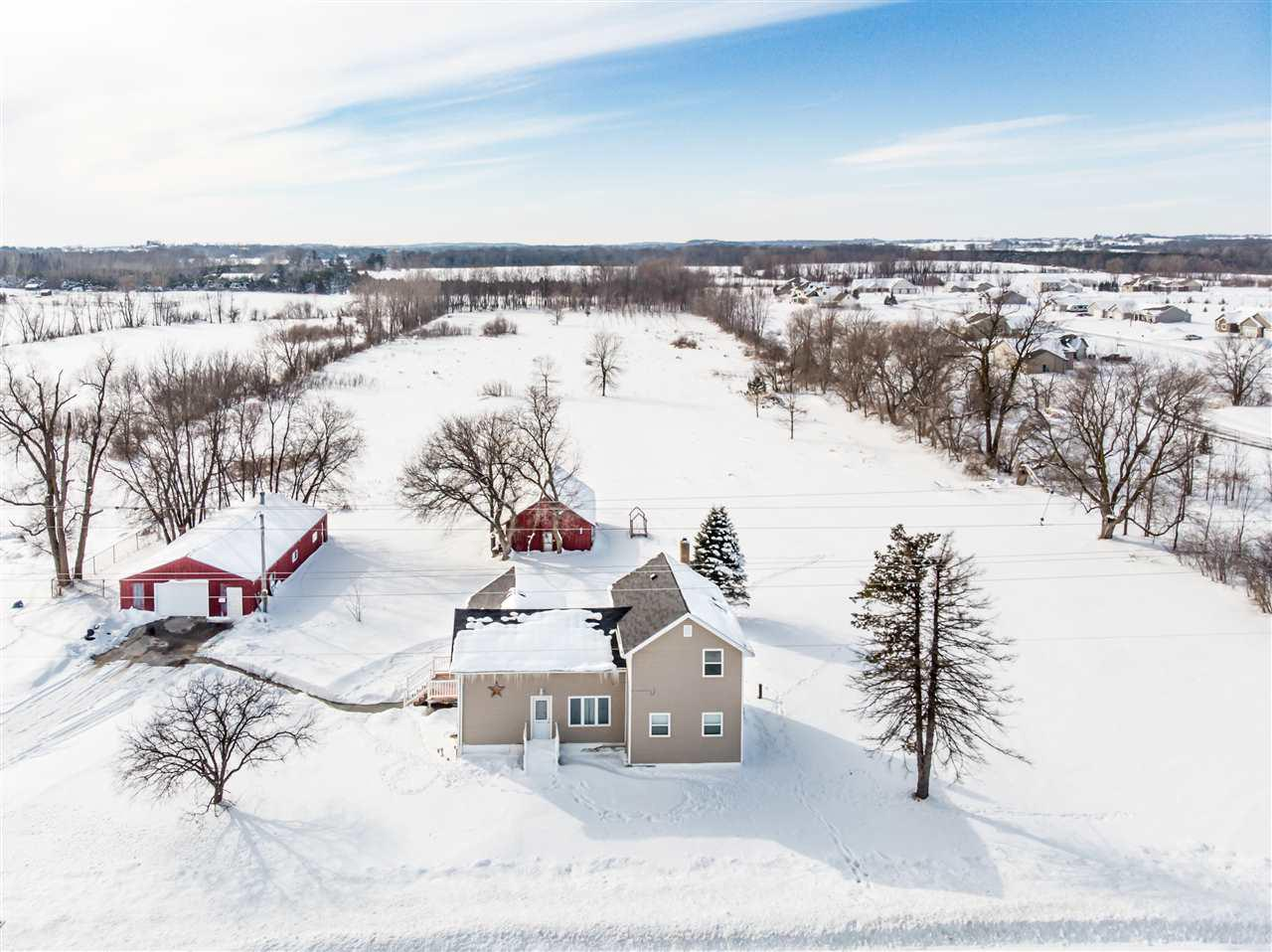 View Single-Family Home For Sale at N1789 HWY M, Hortonville, WI