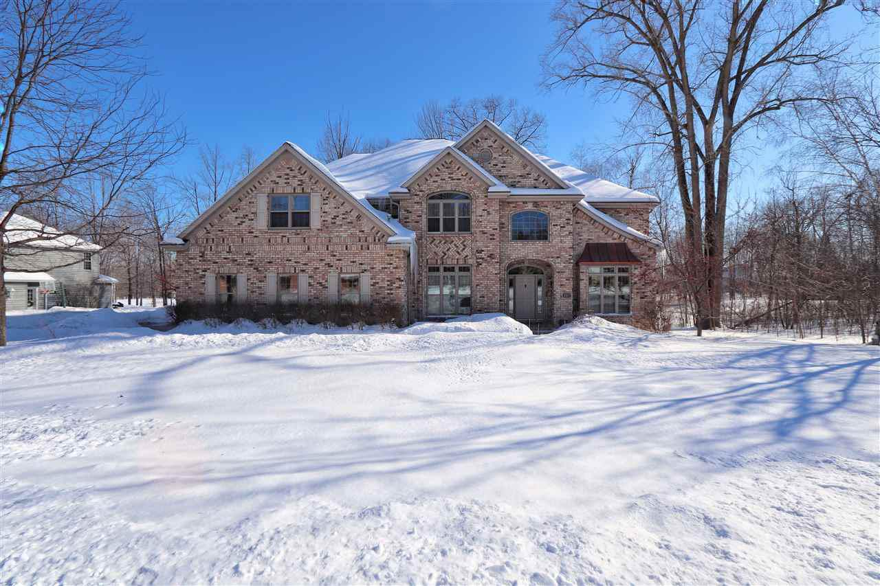 View Single-Family Home For Sale at 997 THORNBERRY CREEK DRIVE, Oneida, WI