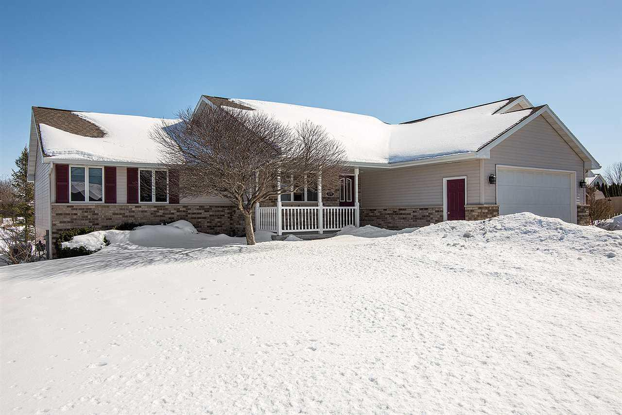 View Single-Family Home For Sale at 104 CHRISTOPHER COURT, Combined Locks, WI