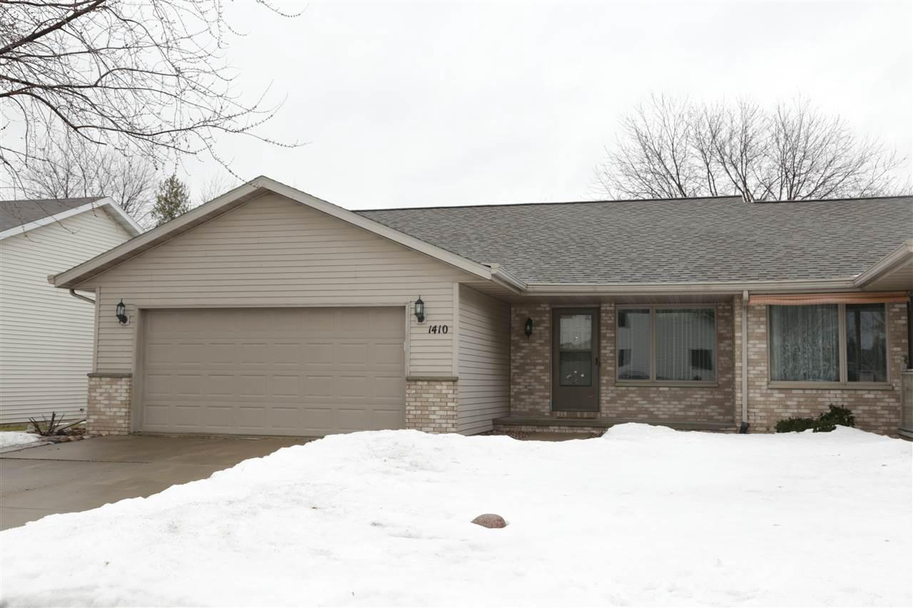 View Single-Family Home For Sale at 1410 RIDGEVIEW LANE, Little Chute, WI