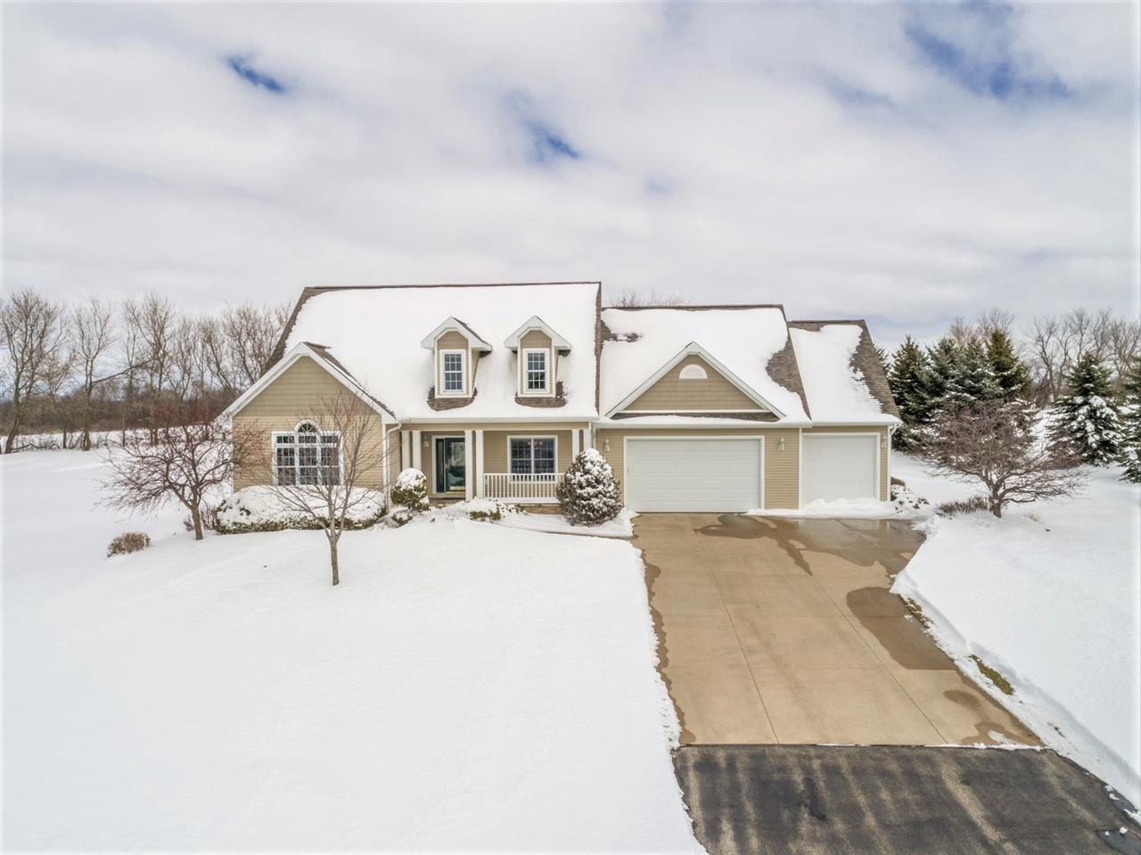 View Single-Family Home For Sale at W7490 RIDGESIDE DRIVE, Neenah, WI