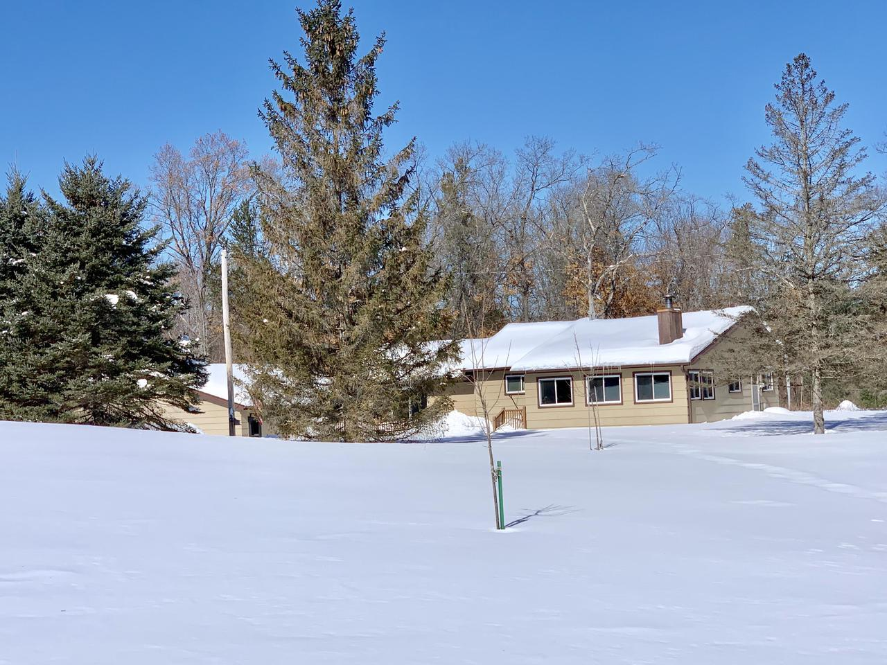 View Single-Family Home For Sale at 13872 Arrowhead Rd, Pound, WI