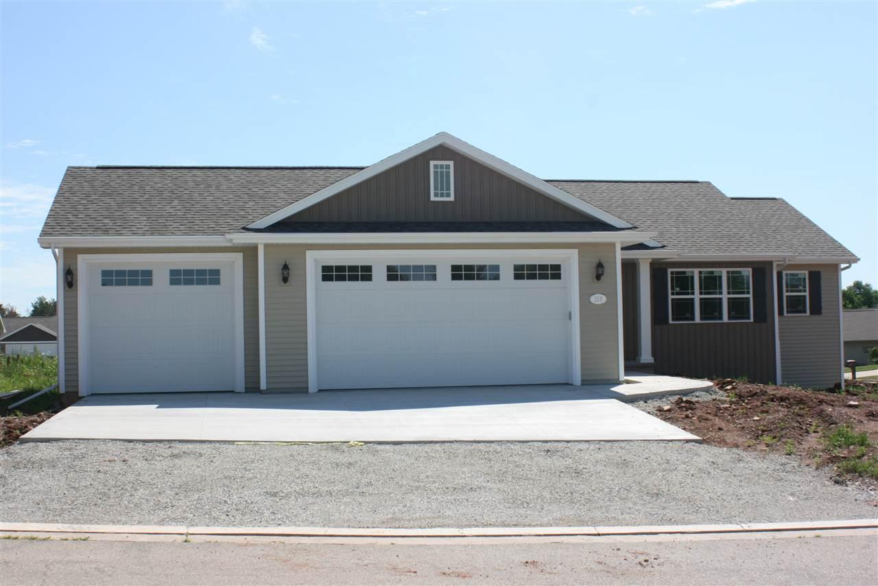 View Single-Family Home For Sale at W7524 FOX DEN DRIVE, Hortonville, WI